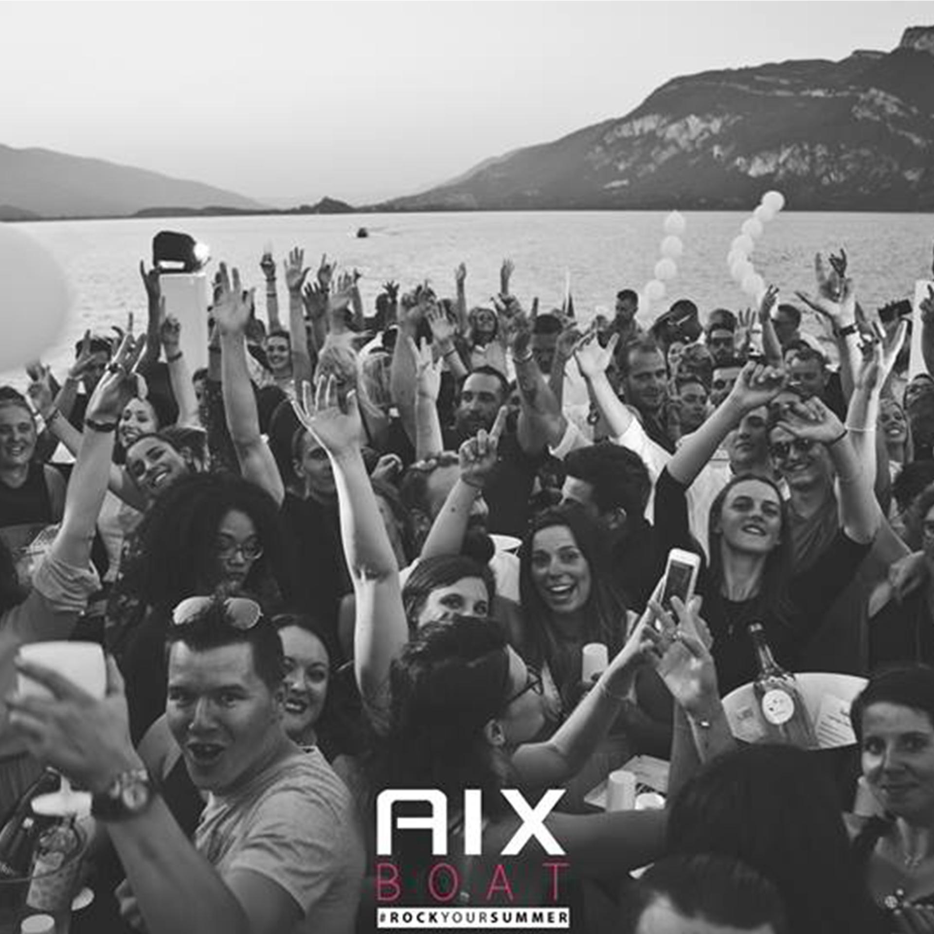 Pure Pulpe Dj Mix et Percussion AIx Boat AIx Les Bains